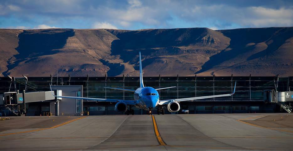 avion_Y-aeropuerto