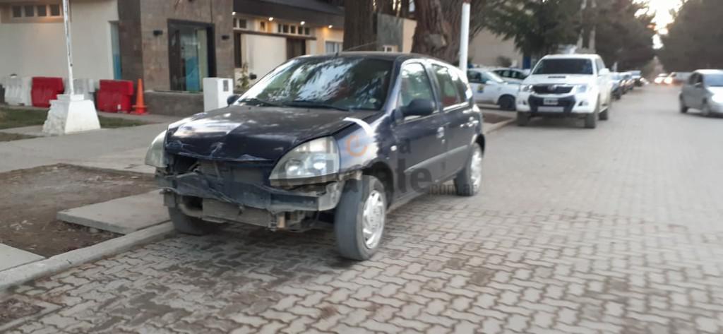 Auto secuestrado [AUDIO FMD]
