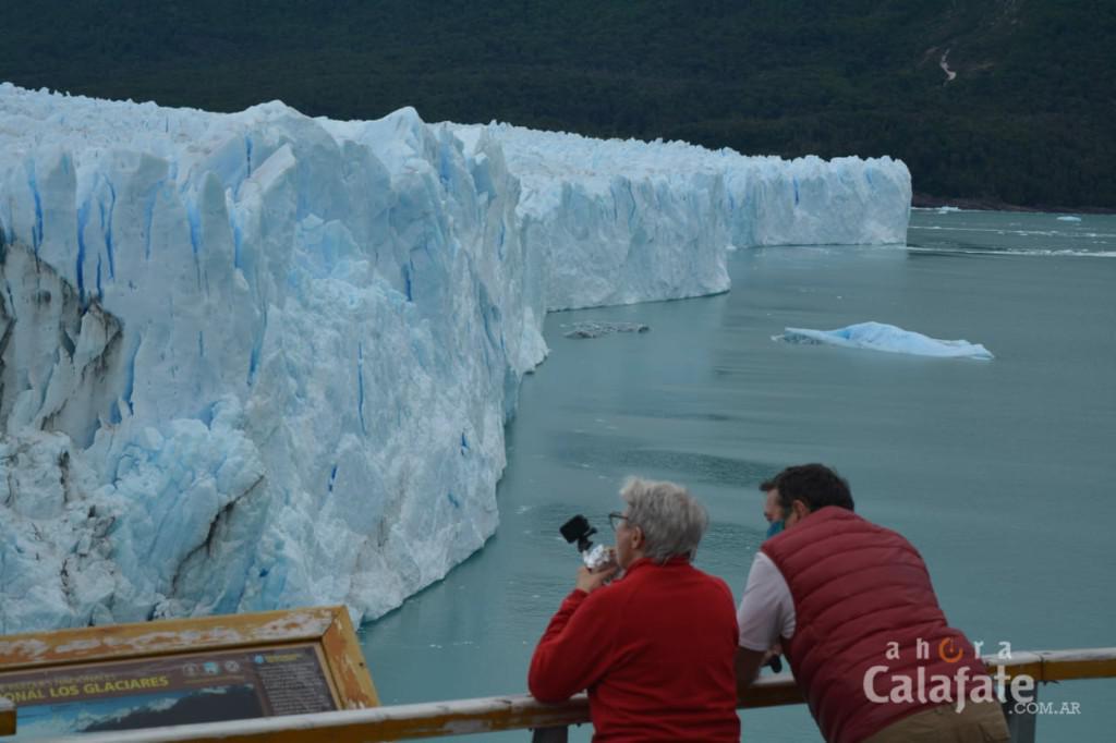 Turistas en el Glaciar3 [AUDIO FMD]